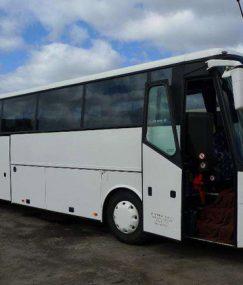 Przewozy osobowe eleganckimi autobusami, mikrobusami