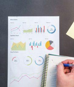 Firma proponująca wszechstronne ubezpieczenia dla klientów indywidualnych i dla firm